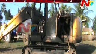 Maoists Destroy 9 Vehicles in Khammam District