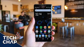 Sony Xperia XZ3 Full Review - Sony's First OLED Phone! | The Tech Chap