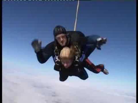 Skydiving in Tonsberg