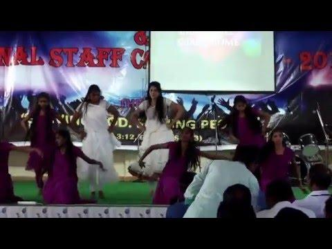 shukr karo rab ka...... dance by Immanuel girls....