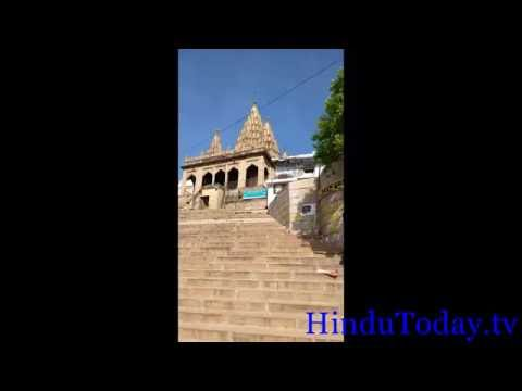 Cleanliness on Assi Ghat, Varanasi, India. Part- 1