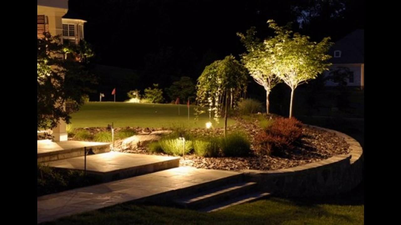 Lumi/ère Solaire Etanche /éclairage Solaire avec D/étecteur de Mouvement Lampe de S/écurit/é sans Fil lampe Mural pour Jardin(2 Pack) VOOE Lampe Solaire Ext/érieur 228 LED Luminosit/é Maximale