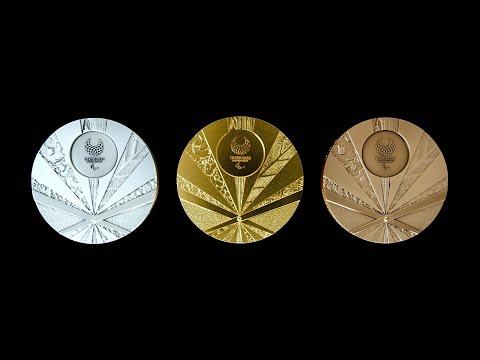 【旭日旗狩り】韓国、東京パラメダルのデザイン変更要望 ⇒国際パラリンピック委員会会長「旭日旗イメージ?ノーだ。扇デザインのメダルは美しく全く問題ない」