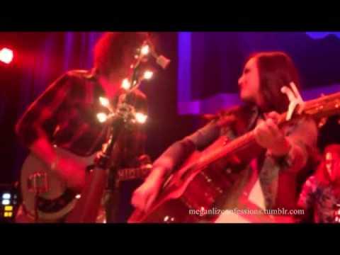 Megan & Liz FULL CONCERT 8/11/2013