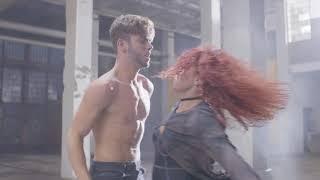 Смотреть клип Luca Hänni - Powder