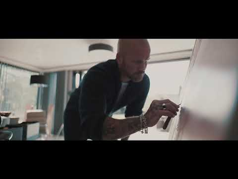 A short film about artist Simon Kenny