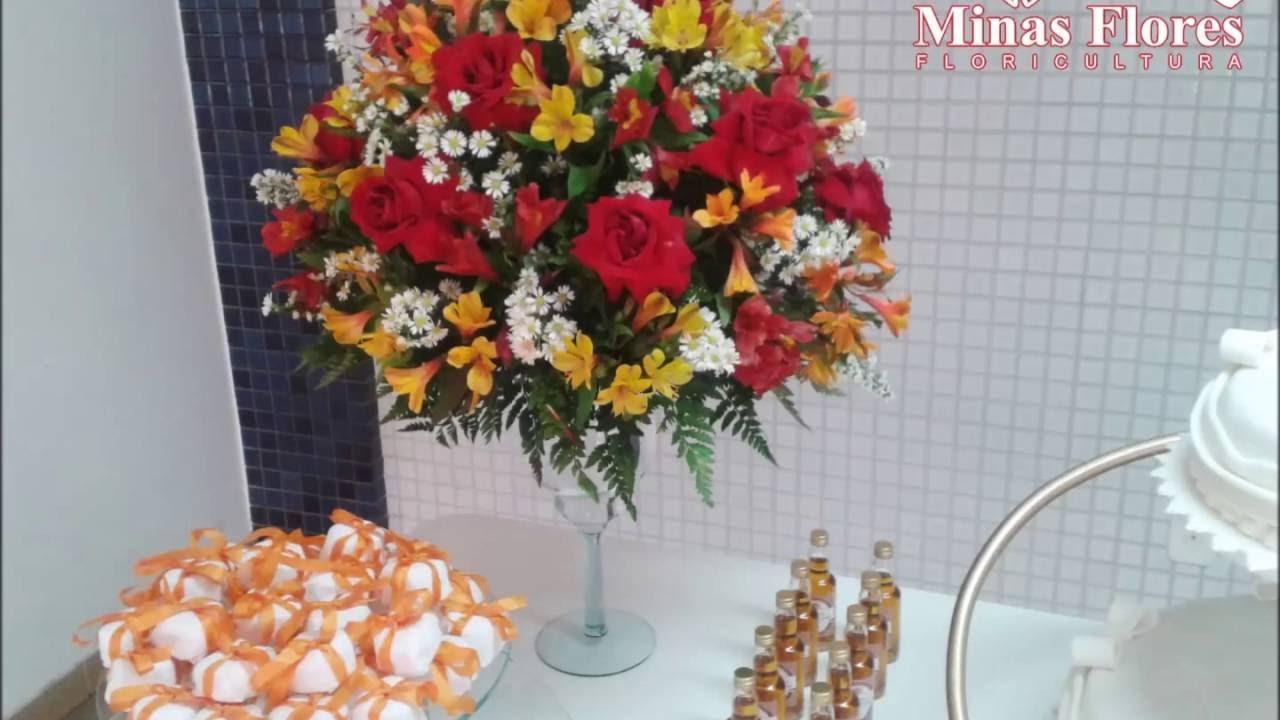 Muitas vezes Arranjos de mesa Rosas vermelhas - YouTube JZ16