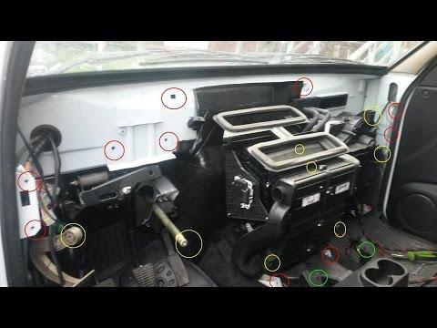 Замена радиатора салонного отопителя Sanden на LUZAR, на автомобиле УАЗ Патриот.