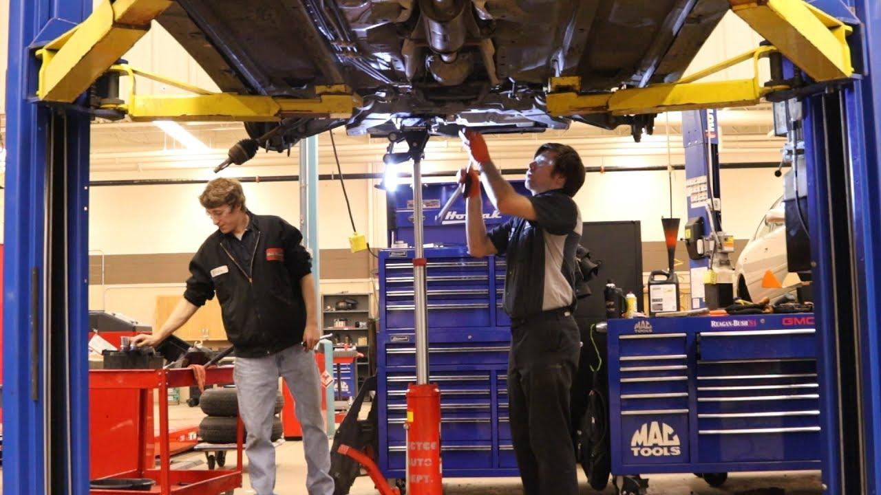 Automotive Technician, Auto Mechanic Schools, Classes, Programs