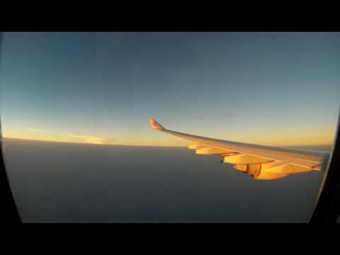 Etihad Airways Landing at Abu Dhabi