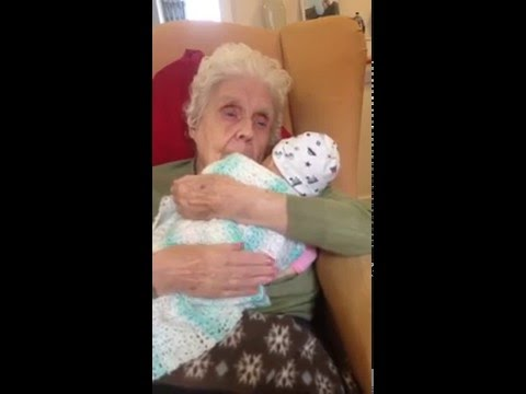 Doll Dementia Therapy | Cuddles with Kirsty | Ronnie Gran
