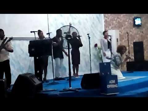 Singing William McDowell's 'Falling on my Knees' & Kofi Karikari's 'Yahweh'.