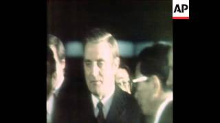 SYND 31 1 77 US VICE PRESIDENT MONDALE ARRIVES TO TOKYO AND MEETS PRIME MINISTER FUKUDA
