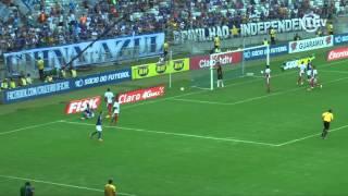 Leandro Damião brilha e Cruzeiro vence no Mineirão