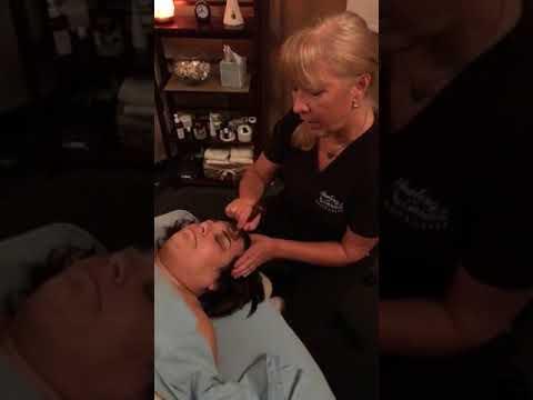 Ayurveda Kansa Massage by Zofia Painter