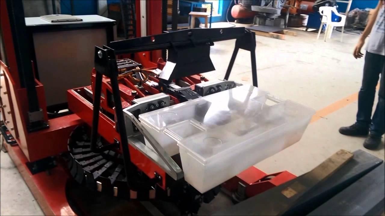 Verox, Smart Handling & Shelving Robot For Cash Boxes.