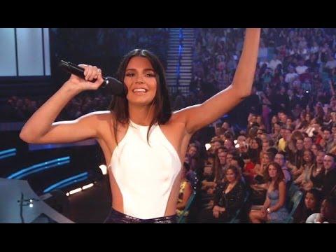 Kendall Jenner Billboard Awards One Direction Fail
