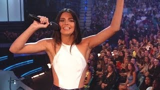 Kendall Jenner Billboard Awards One Direction Fail