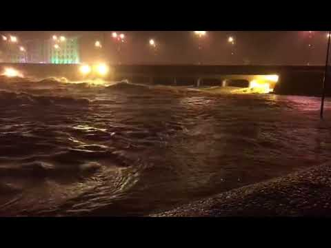 Video from Salalah as Mekunu makes landfall