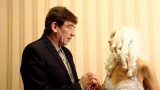 Обещание жениха невесте. Видео прикол.
