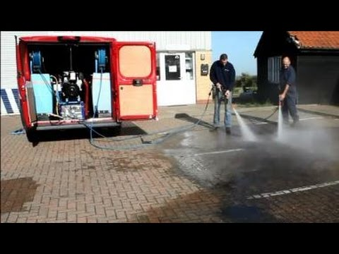 Truckmounted Pressure Washer for Two Operators