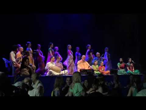 Kirtan by Indradyumna Swami Part 1 at Festival of India, Kishinev at ISKCON Moldova 2016