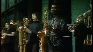 "9 fevrier 1970 MANFRED MANN interprètent ""Snakeskin Garter "" "" Émis..."
