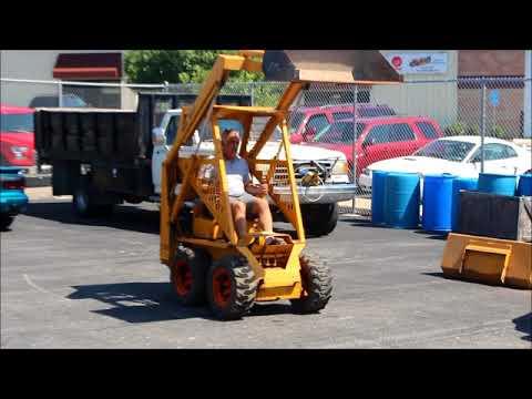 Lot 4 Prime Mover L700 Skid Steer Loader SN 11067 With 41