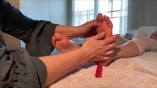 Reflexologische Fussmassage für die Stärkung des Immunsystem