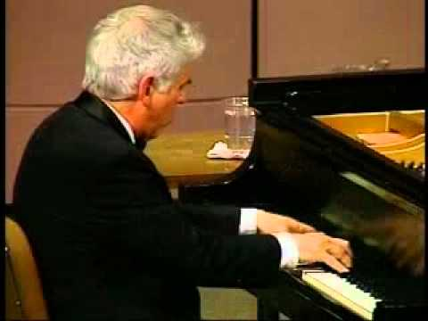 Lincoln Mayorga in Concert: Gershwin Medley