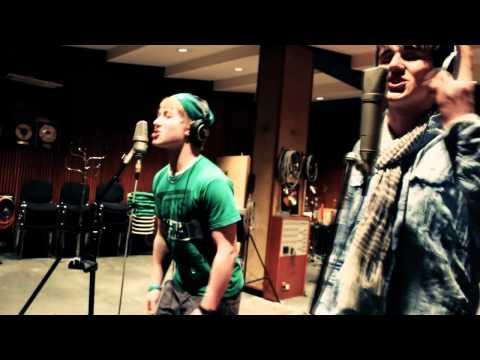 N.A.M.P. - Kissenschlacht 2.0 | Musikvideo | HD