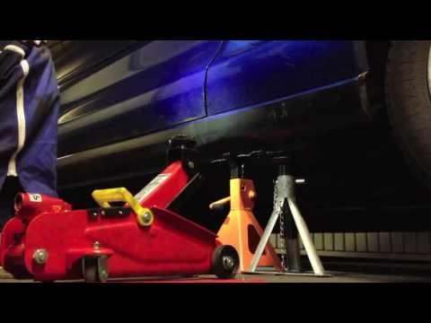 Toyota MR2 2.0 GTi: Monter Voiture Sur Chandelle