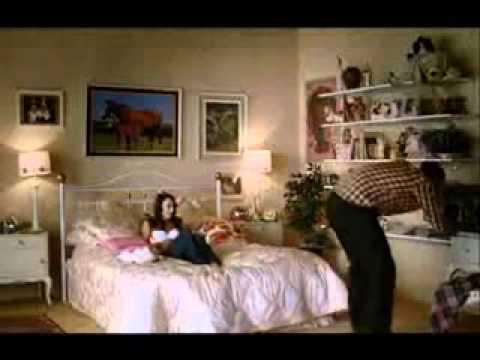 Video Comico - Ragazza viene con un incredibile orgasmo