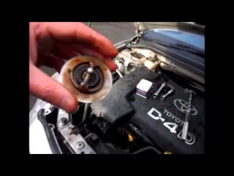 how to change the thermostat on a toyota avensis 2003 d4d youtube. Black Bedroom Furniture Sets. Home Design Ideas