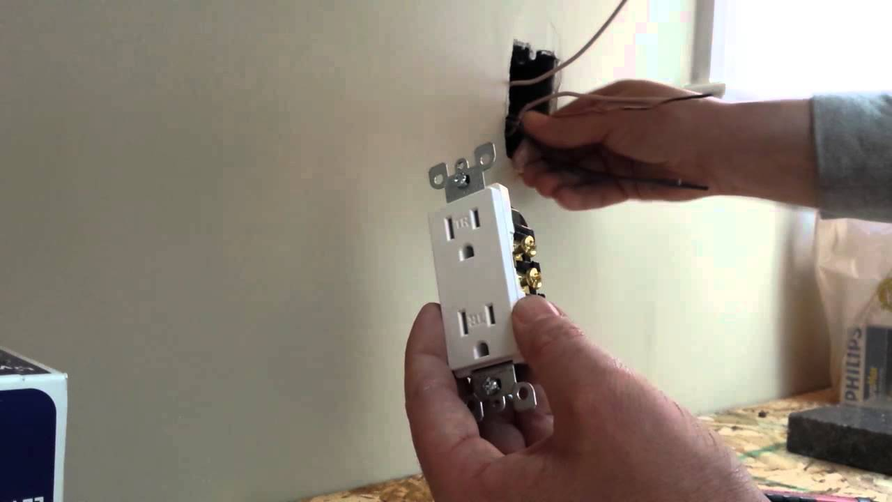 how to install an electrical outlet plug duplex. Black Bedroom Furniture Sets. Home Design Ideas