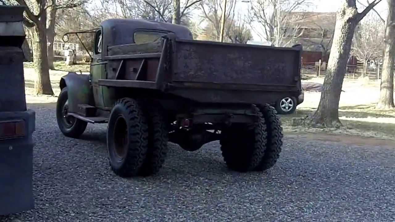1942 Dump Truck Chevrolet