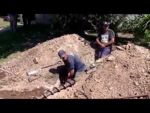 CONEXION DOMICILIARIA DE CLOACA - Larga bajo Pavimento