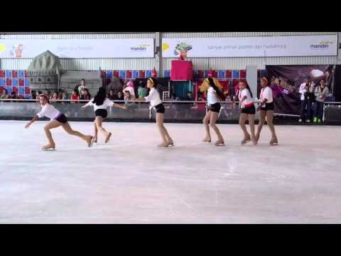 Vyanka - Ice Skate Bandung 2015