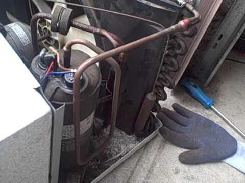 Redneck air conditioning Window air Conditioner in car