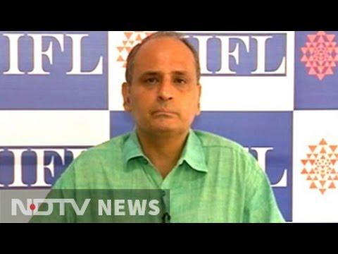 Nifty may fall to 8,400 by next week: Sanjiv Bhasin
