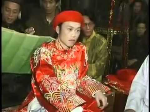 """HOÀI LINH HẦU THÁNH : """"hau bong""""  Vietnam culture"""
