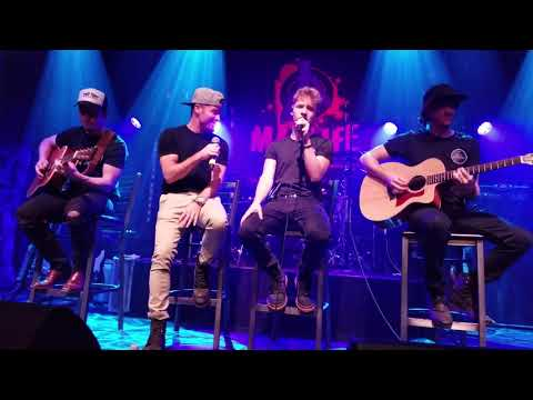 Baylee Littrell on a first ever duet with Brian Littrell (backstreetboys),  live show Mp3