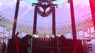 Tiesto Club Life 500 - Tiesto & The Chainsmokers