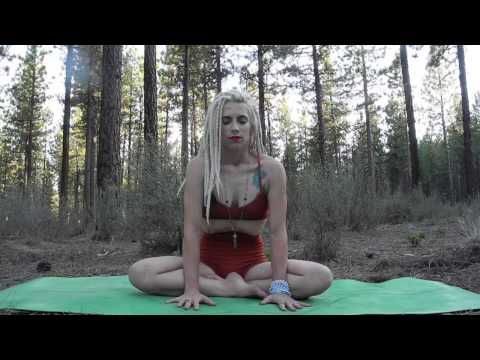 Intro to Kundalini Yoga: breathing techniques and bhandas