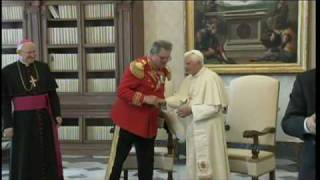 Pope meets with Fra