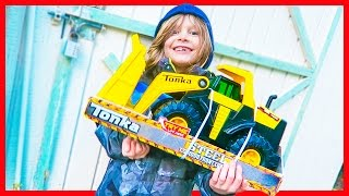 Construction Truck Videos for Children | Tonka Steel Loader Review