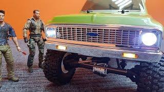 Chevy Suburban 1972 ... Бюджетный Вариант Vaterra Ascender!