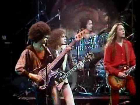 Hq Thin Lizzy The Boys Are Back In Town Live And Dangerous Hq Youtube