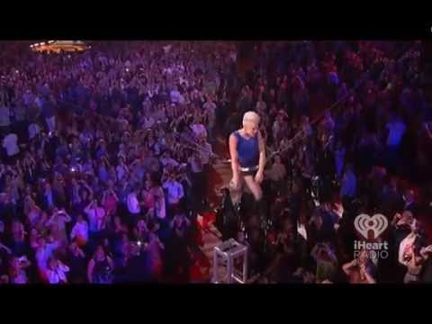 "Pink ""So What"" iHeart Radio Music Festival Las Vegas 2012"