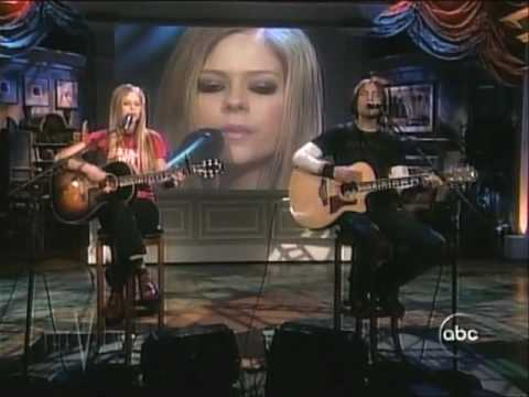 Avril Lavigne Nobody's Home Live [Acoustic]